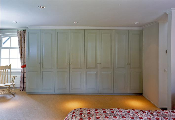 slaapkamer meubel massief gespoten